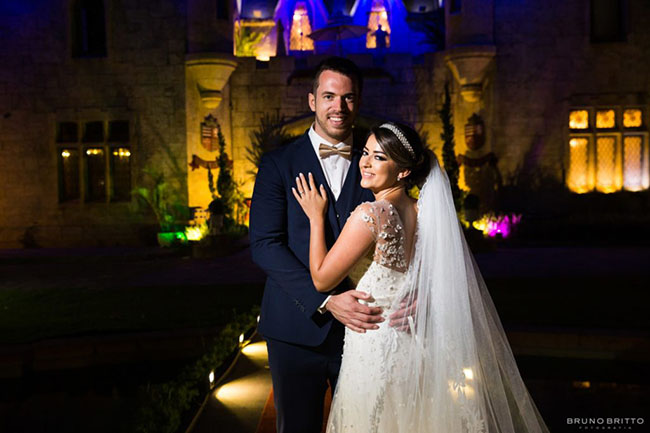 Destination wedding no Castelo de Itaipava: o casamento de Karen e Kristian